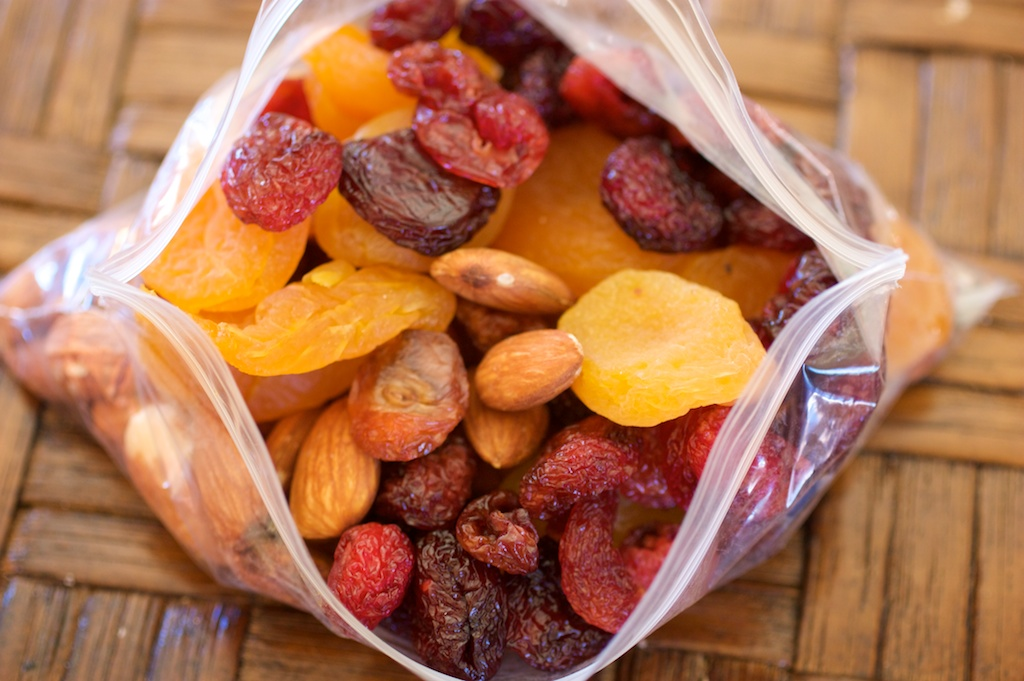 hiking-snacks