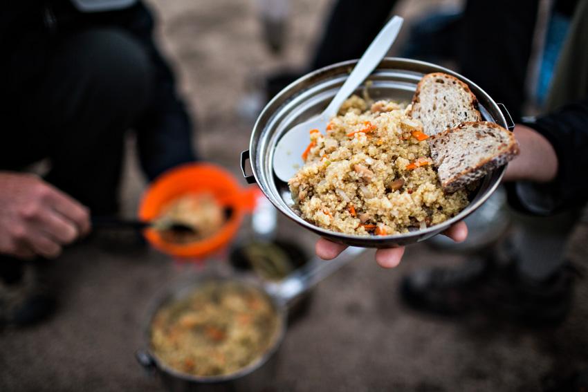 行山最易中招食物_f
